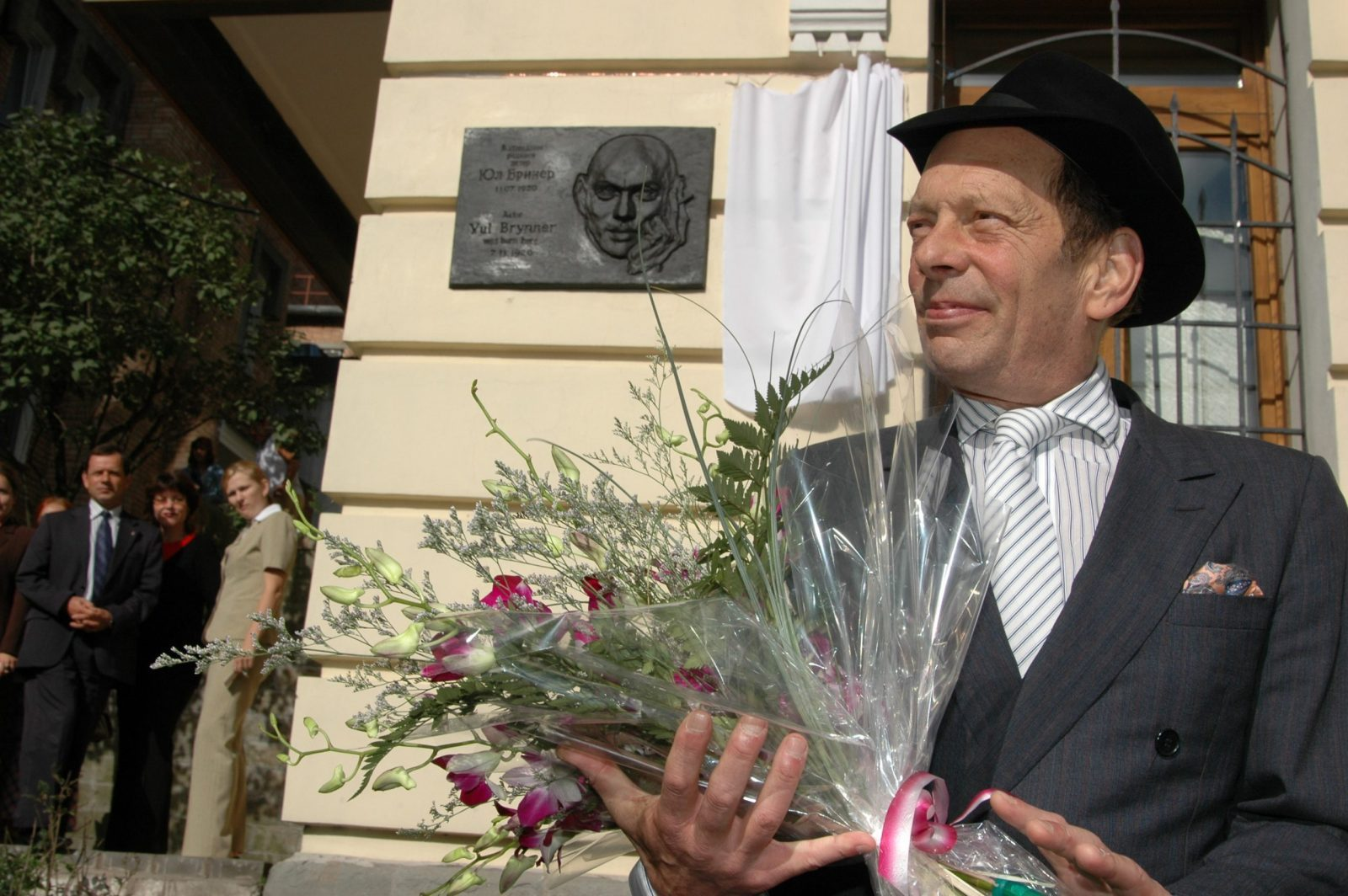 Юлу Бриннеру – 100 лет!
